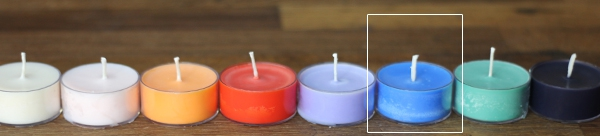 Blue candle colorant
